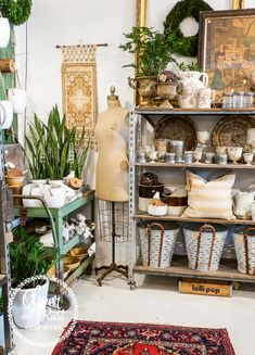 Oliver and Rust: the winter store 2017 Antique Booth Displays, Antique Mall Booth, Antique Stores, Antique Dealers, Boutique Interior Design, Small Space Interior Design, Boutique Decor, Home Decor Store, At Home Store