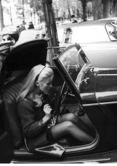 continuarte: Catherine Deneuve in her Morgan Roadster in 1967