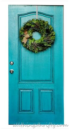 New country front door colors bricks ideas Bright Front Doors, Yellow Front Doors, Painted Front Doors, Front Door Colors, Front Door Decor, Turquoise Painted Furniture, Turquoise Painting, Country Front Door, Welcome Signs Front Door