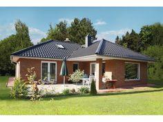 Bungalow 3-105-W - Einfamilienhaus von Elbe-Haus® - Informationszentrum Dresden | HausXXL #Massivhaus #Winkelbungalow #modern #Walmdach
