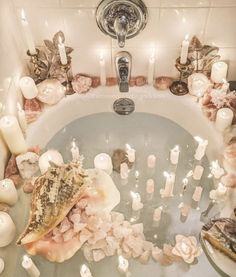 a dip into relaxation with some gorgeous bath inspiration for your pamper days!Take a dip into relaxation with some gorgeous bath inspiration for your pamper days! Jewel Candle, Pamper Days, Spiritual Bath, Haus Am See, The Birth Of Venus, Dream Bath, Bad Inspiration, Photoshoot Inspiration, Relaxing Bath