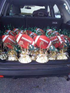 Inexpensive Sports Banquet Centerpieces | 22 Football Centerpieces loaded and ready to deliver