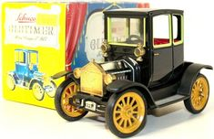 VINTAGE TIN GERMAN SCHUCO CLOCKWORK 1917 FORD COUPE T W/ ORIGINAL BOX  #Schco