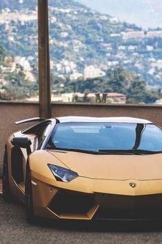 Lamborghini Ferrari 458, Lamborghini Aventador, Luxury Sports Cars, Best Luxury Cars, Audi, Porsche, Bugatti, Rolls Royce, Supercars