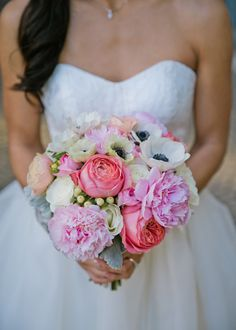 Brides: Wedding Flower Dos and Don'ts