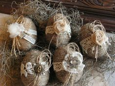 Burlap is a truly rustic material, so wrap some eggs with it, and voila – you have a rustic decoration!