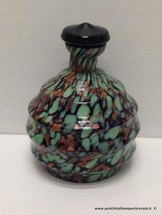 Oggettistica d`epoca - Vetri - Bottiglia da rosolio d`epoca con avventurina Antica bottiglia in pasta vitrea e avventurina - Immagine n°2