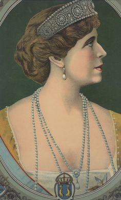 Regina Maria a Romaniei / Queen Maria of Romania Regina Victoria, Romanian Royal Family, Her Majesty The Queen, Kaiser, Ferdinand, Edinburgh, Royalty, Daughter, Portrait