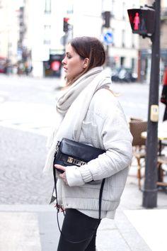 Roos-Anne van Dorsten wearing Reva Jacket / www.carinwester.com