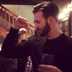My strong, very handsome, gorgeous Chris Evans with awesome beard. Capitan America Chris Evans, Chris Evans Captain America, Capt America, Christopher Evans, Robert Evans, Steve Rogers, Perfect Man, American Actors, My Boyfriend