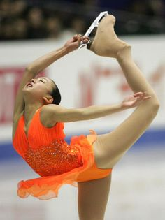 SP Carmen by Georges Bizet choreo. by Machiko Yamada, Mihoko Higuchi Ice Skating, Figure Skating, White Bralette, Skating Dresses, Leotards, Martial Arts, Gymnastics, Skate, Dance