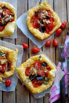 Feuilletés aux aubergines, tomates et Gouda