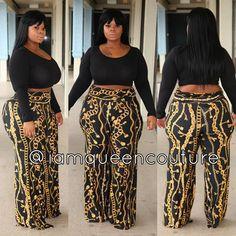 Image of Cotton Crops (5 Colors) Curvy Women Fashion, Plus Fashion, Thick Girl Fashion, Womens Fashion, Schick, Fall Outfits, Cute Outfits, Fashion Outfits, Plus Size Model