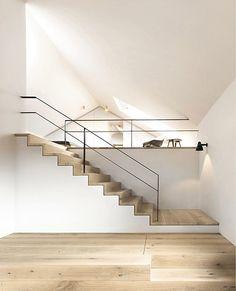 Lasse Haus by SpandriWiedemann - extrem schöne Treppe + Fußboden
