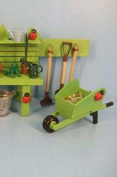 How to Make a Miniature Wheelbarrow and Plant Wagon / Tea Papers