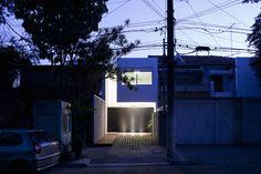 Casa 4×30 / CR2 Arquitetos + FGMF Architects (1)