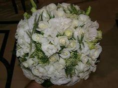 Bouquet, roses, eustoma, trachilium