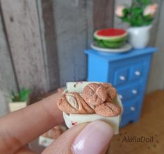 Handmade Miniature Bread Basket Size of basket is 1,5 cm x 2 cm (0.6 inch x 0.8 inch).