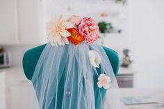 Make Your Own Custom Silk Flower Veil! Rustic Bridal Shower Invitations, Lace Wedding Invitations, Bridal Shower Rustic, Veil Diy, Diy Wedding, Wedding Day, Flower Veil, Perfect Bride, Bridal Comb