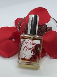 Fragrance notes: Rose Absolute-Morocco, plum, red berries, creamy notes, a tiny bit of cocoa, and graham cracker. Product Ingredients:sd alcohol 40-b, fragrance