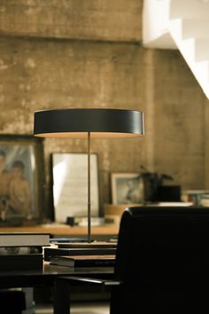This lamp is named after the many things it does without. A circle of light in two sizes, with or without shade. SIN lamp designed by Antoni Arola for Santa & Cole. Contemporary Light Fixtures, Contemporary Table Lamps, Santa Cole, Switch House, Color Mate, Led, Furniture Inspiration, Lamp Design, Urban Furniture