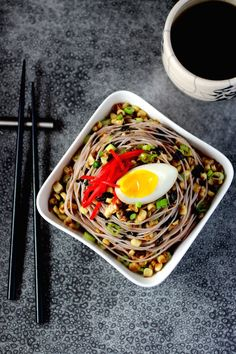 Explore Asian Thai Rice Noodles with Miso Butter and Ramen-Style Toppings Healthy Soup Recipes, Gf Recipes, Food Network Recipes, Asian Recipes, Cooking Recipes, Ethnic Recipes, Eat Healthy, Vegetable Soup With Chicken, Chicken And Vegetables
