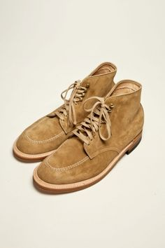 Tan suede indy boots from Alden