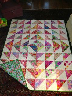 Patchwork Patterns Squares Ideas Layer Cakes Ideas For 2019 Colchas Quilting, Scrappy Quilts, Easy Quilts, Small Quilts, Machine Quilting, Quilting Projects, Quilting Designs, Pink Quilts, Layer Cake Quilt Patterns