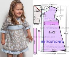 Depois de algumas solicitações a publicação de hoje contempla o molde vestido com fitas para meninas com idade de 5 anos. O molde não tem valor de costura.