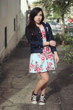 Depois dos Quinze | Bruna VieiraLook: vestido floral e jaqueta jeans » Depois dos Quinze | Bruna Vieira