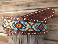 Handmade Beaded Belt inset into leather por Deesbeadeddogcollars - Beaded Bracelet Patterns, Bead Loom Patterns, Beading Patterns, Beaded Bracelets, Beaded Hat Bands, Beaded Belts, Beaded Jewelry, Western Belts, Leather Pattern