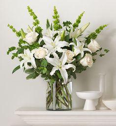 arreglos florales verde y blanco - Buscar con Google