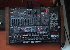 Roland SH-32 synth custom design