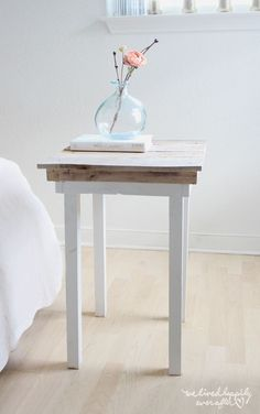 Diy Nightstand Plans Best Of Diy Pallet Nightstands with Plans We Lived Happily Ever after. Unique Home Decor, Home Decor Items, Diy Home Decor, Diy Interior, Diy Pallet Projects, Easy Diy Projects, Pallet Ideas, Project Ideas, Wood Ideas