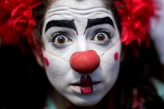 """""""There's no such thing as a clown. A clown is a person dressed up in a costume. Pictures Of The Week, Cool Pictures, Appleton Wisconsin, Lira, Scary Clowns, Top Photo, Carnival, Halloween Face Makeup, Incident Report"""