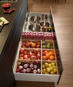 The Most Popular Kitchen Storage Ideas on Houzz Cool And Contemporary kitchen pantry storage furniture made easy - Kitchen Furniture Storage Best Kitchen Designs, Modern Kitchen Design, Interior Design Kitchen, Kitchen Contemporary, Home Decor Kitchen, Kitchen Furniture, Diy Kitchen, Kitchen Lamps, Awesome Kitchen