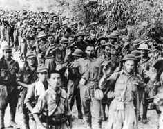 Bataan Death March, 1942  During the Bataan Death March, American and Filipino prisoners were marched almost 80 miles to Camp O'Donnell. Starving soldiers were forced to march through the searing heat with little food, water or medical treatment. Those that were too weak, if they fell by the wayside and were either bayonetted, clubbed to death or even shot. Us Marines, Nagasaki, Hiroshima, World History, World War Ii, Bataan Death March, Iwo Jima, Prisoners Of War, Interesting History