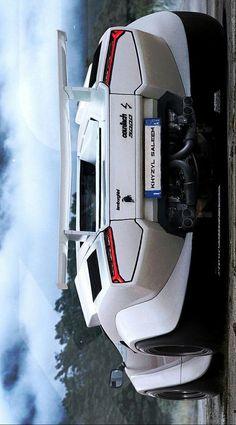 °) Khyzyl Saleem's Lamborghini Countach with twin-turbocharged, Hell Yeah Carros Lamborghini, Lamborghini Cars, Exotic Sports Cars, Exotic Cars, Escuderias F1, Best Cv, Super Sport Cars, Sweet Cars, Top Cars