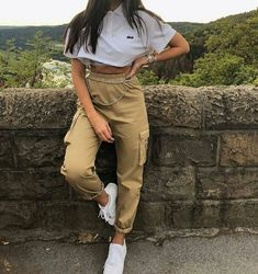42 perfect spring outfits to copy nowwachabuy 38 Related Tumblr Outfits, Mode Outfits, Grunge Outfits, Teen Fashion Outfits, Look Fashion, Korean Fashion, Child Fashion, Street Fashion, Mode Grunge