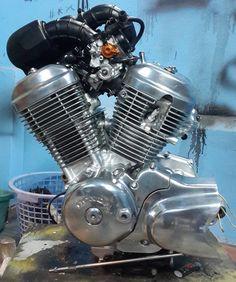 The engine finaly restored ! Honda Steed, Bobber Style, Vintage Microphone, Restoration, Engineering, Garage, Bike, Cars, Carport Garage