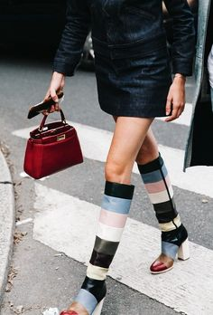 how-to-wear-the-mini-bag