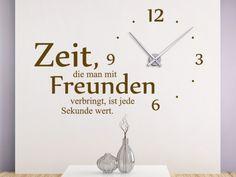 Zeit, die man mit Freunden verbringt, ist jede Sekunde wert.   Uhr Wandtattoo Zeit mit Freunden #Freundschaft #Wanduhr #Zeit
