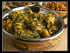 Hühnercurry mit Grünzeug – Saag Chicken | Foodina