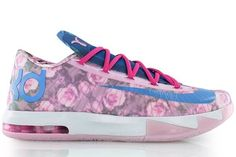 big sale ab8ec b1feb Nike and Kevin Durant Honor His Late Aunt Pearl with New KD7 Shoes