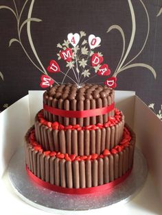 1000+ images about Anniversary cake on Pinterest Ruby ...