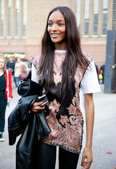 British model Jourdan Dunn has hit our radar in recent times, seemingly joint at the hip with our fave Cara Dele. Casual Outfits, Fashion Outfits, Womens Fashion, Fashion Advice, Fall Fashion, Style Fashion, Jourdan Dunn, Model Street Style, Models Style