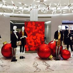 "MACY'S, New York, ""Listen Belinda... You're a lot like some of my Christmas tree ornaments... Bright, colorful... and a little bit cracked!"", photo by Martin, pinned by Ton van der Veer"