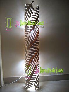 Ju Luminárias - Luminárias em PVC: Colunas de chão