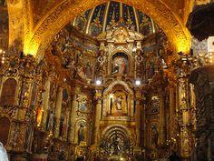 Altar de la Iglesia de San Francisco de Quito.