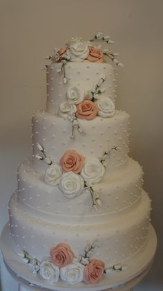 Ivory Wedding Cake, Wedding Cakes, Different Types Of Cakes, Future Wife, Beautiful Cakes, Kenny Chesney, Cake Ideas, Birthday, Desserts